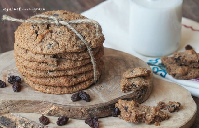 "Grain-Free ""Oatmeal"" Raisin Cookies"