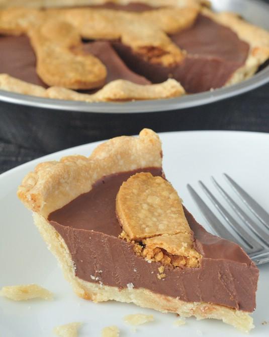 Easy Gluten-Free Pie Crust Chocolate Peanut Butter Truffle Pie