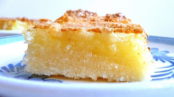 Gluten-Free Lemon Bars Squares Close-up. I know you're wishing you had reach-through-the-screen capability!