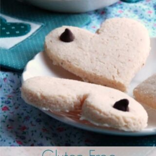 Gluten-Free Cream Cheese Cookies from Iris Higgins. Cream cheese adds something wonderful to these cut-out cookies! [featured on GlutenFreeEasily.com]