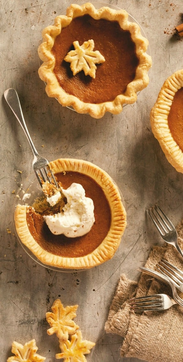 Mini Dairy-Free Pumpkin Pies. One of 50 gluten-free pumpkin pie recipes. [featured on GlutenFreeEasily.com]